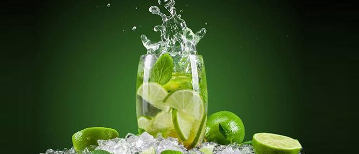 Água com limão faz mal?