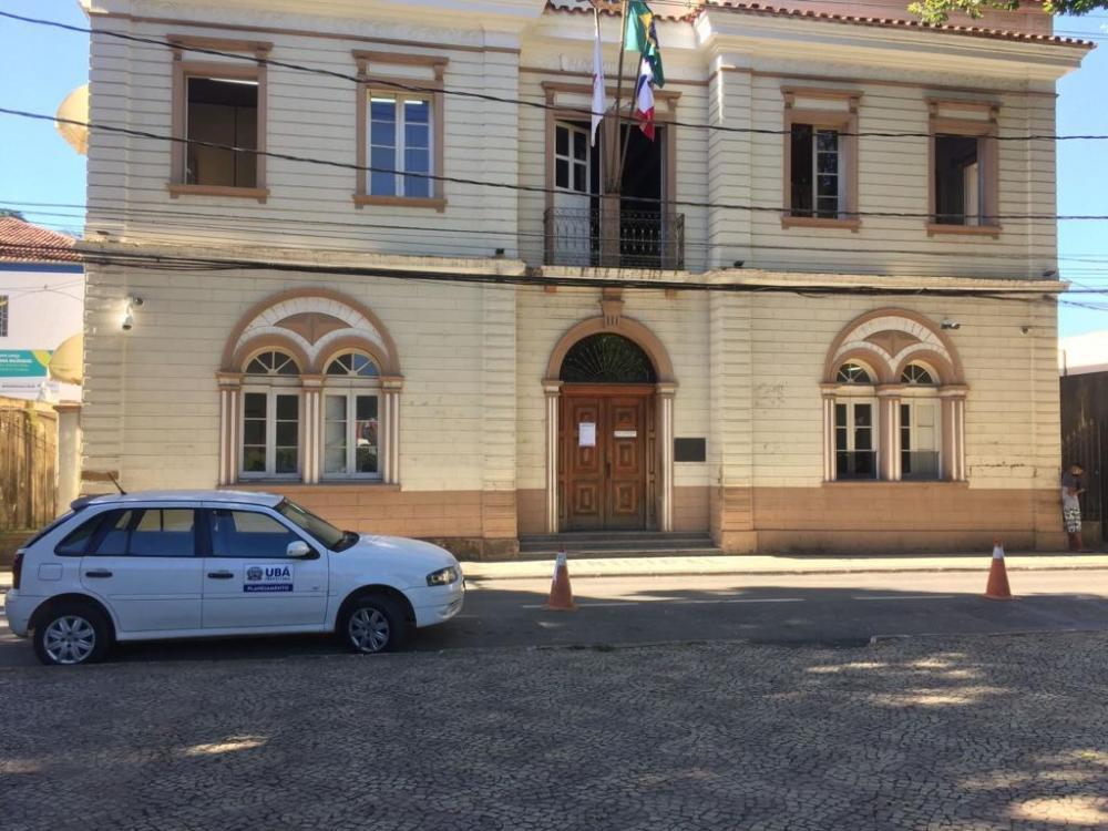Prefeito anuncia que novo decreto será publicado e explica situação de academias e auto escolas