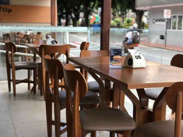 Novo decreto autoriza funcionamento de bares e restaurantes